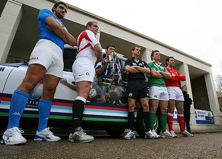 6 Nations Captains holding the 6 Nations trophy