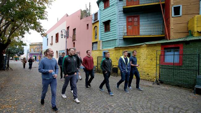 The Ireland squad on a walk through the Boca district