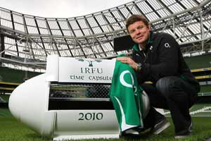 Brian O'Driscoll will addone of his jerseys to the Time Capsule