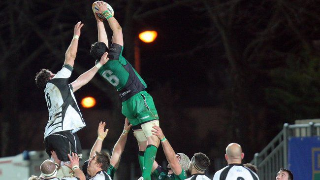 Flanker Andrew Browne wins a lineout