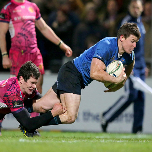 Brian O'Driscoll breaks through for Leinster's third try