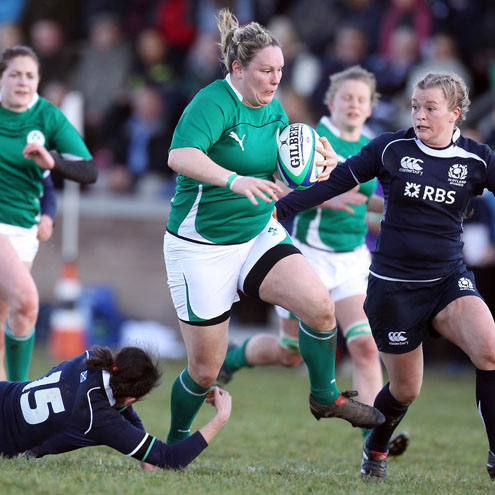 Geraldine Rea takes the ball on for Ireland