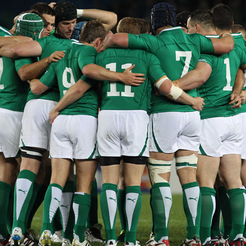 The Ireland team huddle together before kick-off