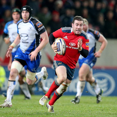 Munster out-half JJ Hanrahan makes a break