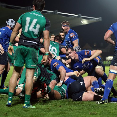 Leinster forced a decisive penalty try late on
