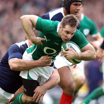 Ireland scrum half Tomas O'Leary carries forward
