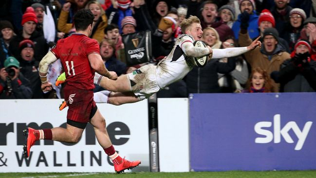 Robert Lyttle dives over to score Ulster's fourth and final try