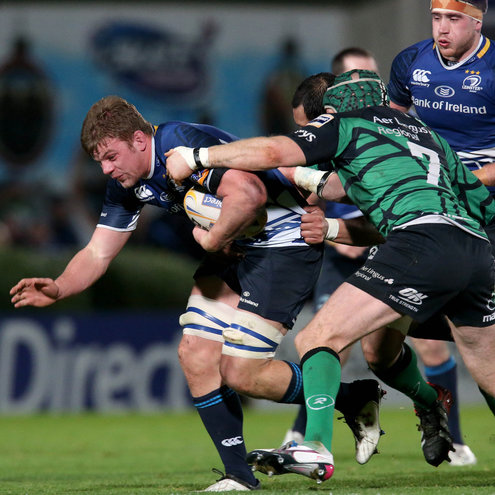 Jordi Murphy carries the ball forward for Leinster