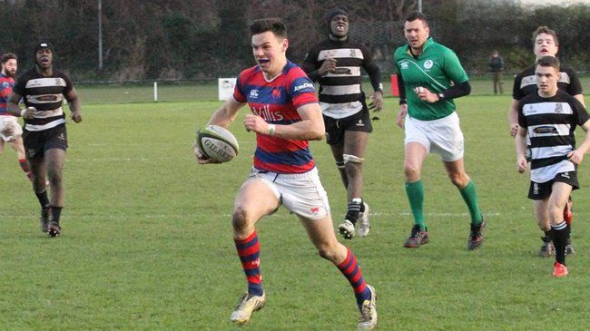 D'Arcy Double Sees Clontarf Edge Out 'Belvo