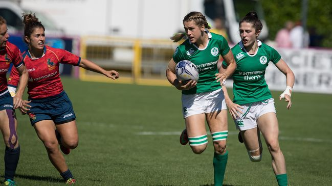 Megan Williams gains ground for the Ireland Women