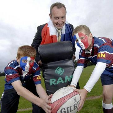 Keith Crossan with two members of the Academy RFC mini squad