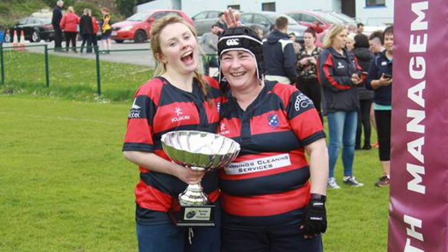 Bantry Bay's Eileen And Aileen Keep It In The Family