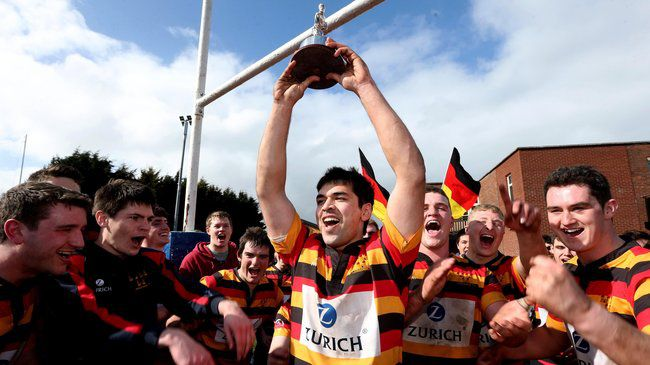 Akhalaque Khan lifts the Fraser McMullen Cup