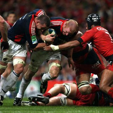 Alan Quinlan and Paul O'Connell in action against Toulouse