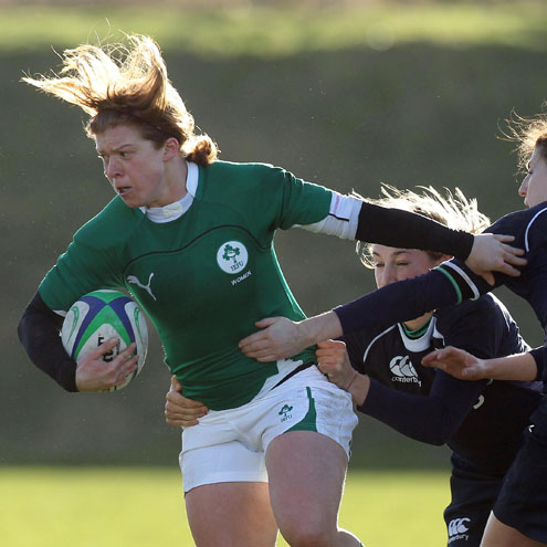 Scrum half Amy Davis in action for Ireland
