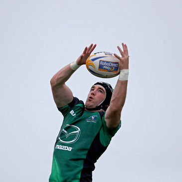 Andrew Browne in lineout action