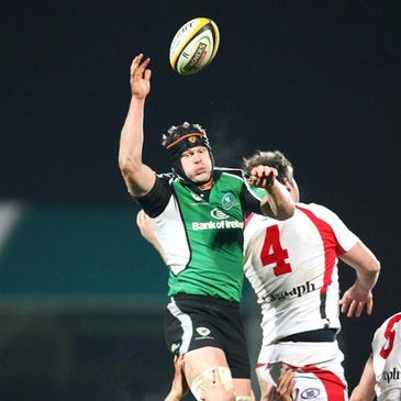 Andrew Farley wins a lineout for Connacht