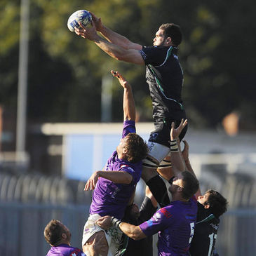Connacht lock Bernie Upton wins a lineout