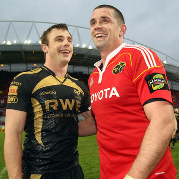 Tommy Bowe and Alan Quinlan at Thomond Park