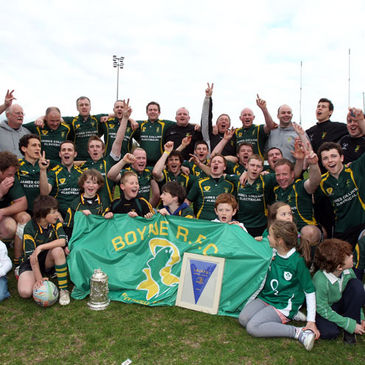 Boyne celebrate winning the Newstalk Provincial Towns Cup