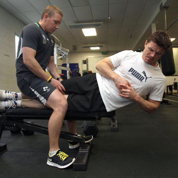 Brian O'Driscoll working hard in the gym with IRFU head of fitness Philip Morrow