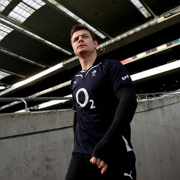 Brian O'Driscoll makes his way out onto the Croke Park pitch