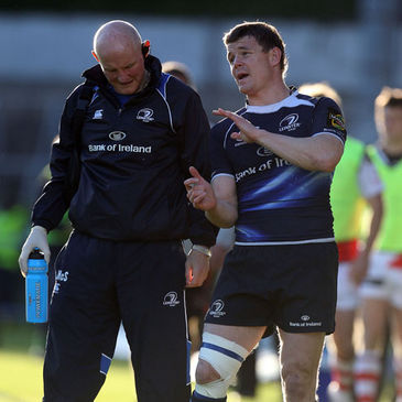 Brian O'Driscoll talks to Leinster's Dr. Jim McShane