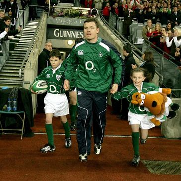 Brian O'Driscoll will continue to serve as Ireland captain