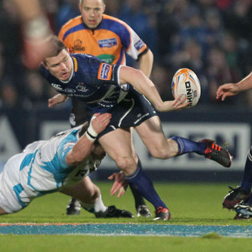 Leinster's Brian O'Driscoll in action against the Ospreys