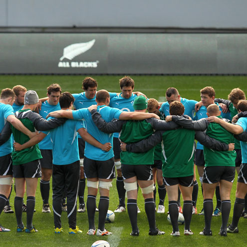 Brian O'Driscoll talks to the squad at Eden Park