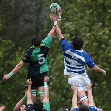 Chris Napier and James Sandford compete for a lineout ball
