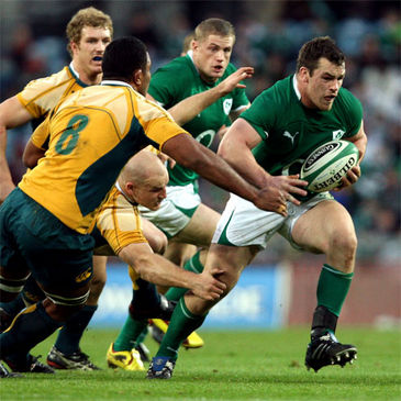 Cian Healy bursts forward against Australia