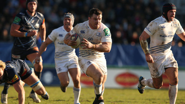 Cian Healy makes a break for Leinster