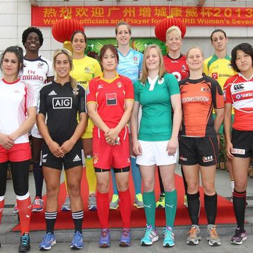 Claire Molloy with her fellow Sevens captains
