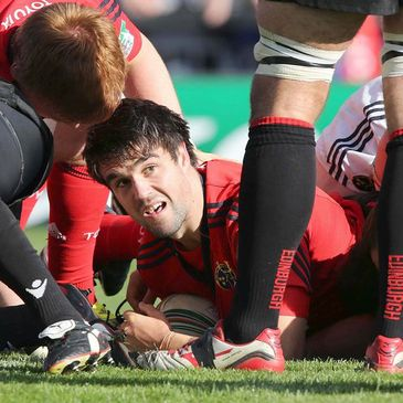 Man-of-the-match Conor Murray helped himself to a try