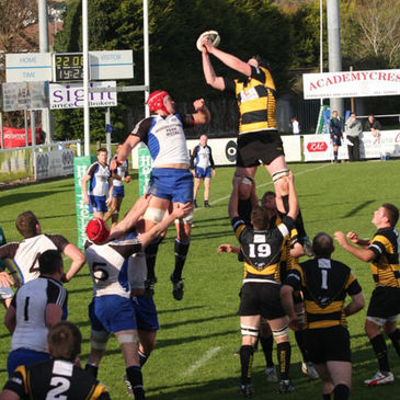 Cork Constitution host Young Munster this weekend