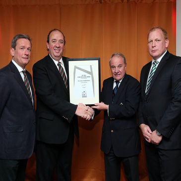 IRFU President Pat Fitzgerald presents the Club excellence award to DLSP