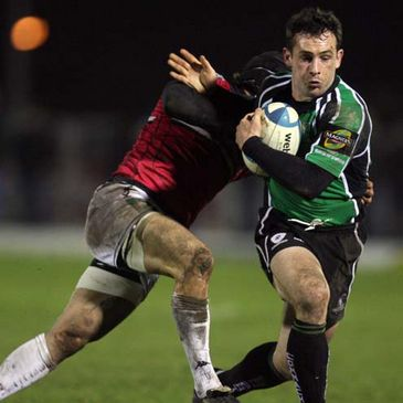 Daniel Riordan on the attack against Brive
