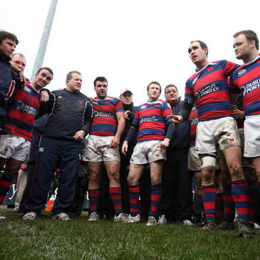 Daragh O'Shea gives a post-match team talk