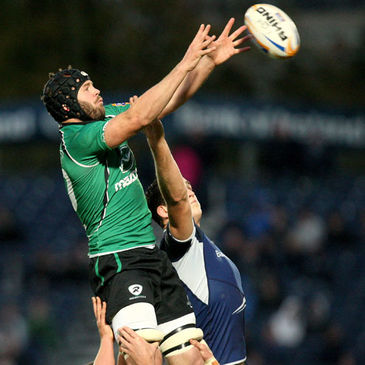 David Gannon wins a lineout for Connacht