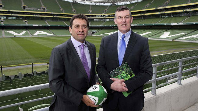 David Nucifora and IRFU Chief Executive Philip Browne