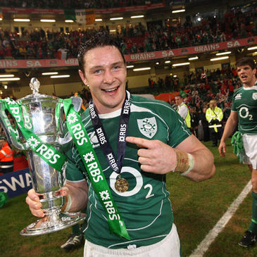 David Wallace with the RBS 6 Nations Trophy