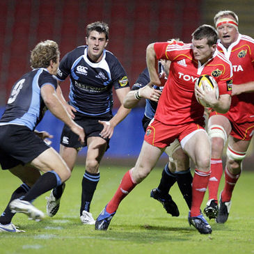 Denis Hurley on the attack for Munster against Glasgow