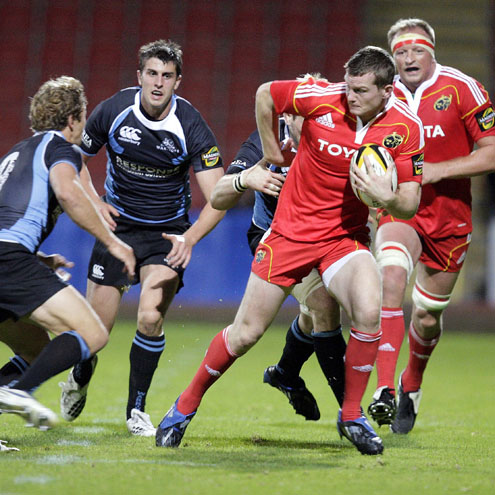 Denis Hurley on the attack against Glasgow Warriors