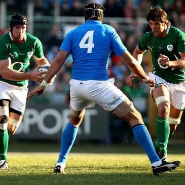 Denis Leamy and Donncha O'Callaghan in action against Italy