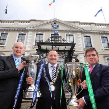 Lord Mayor Naoise Ó Muirí with Derek McGrath and Mick Dawson