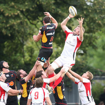 Ed O'Donoghue wins a lineout for Ulster against the Dragons