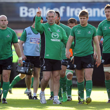 Eric Elwood with the Connacht players