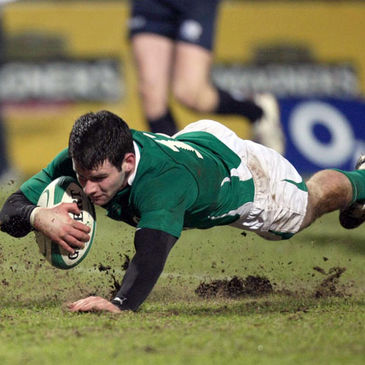 Fergus McFadden dives over to score for the Wolfhounds