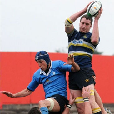 Dolphin flanker Fraser Stone secures lineout possession